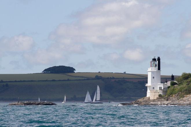 St Anthony's Lighthouse på östra sidan av infarten till Falmouth harbour